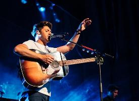 Niall Horan in concert