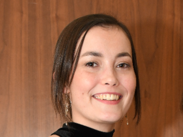 Meet Ciara, diagnosed with Acute Myeloid Leukaemia, aged 17