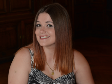 Meet Lauren, diagnosed with a brain tumour, aged 21