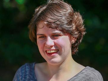 Meet Jess, diagnosed with Acute Myeloid Leukaemia, aged 20