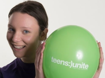 Meet Chloe, diagnosed with Hodgkins Lymphoma, aged 14